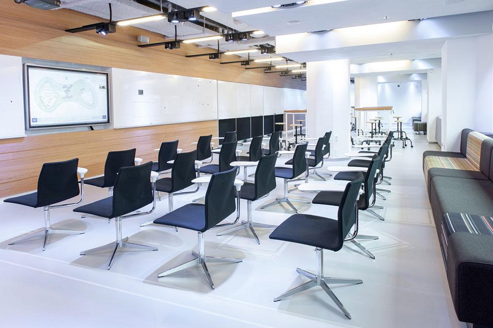 Installatiebedrijf MK2 Audiovisueel plaatst L-Acoustics bij Rabobank Utrecht