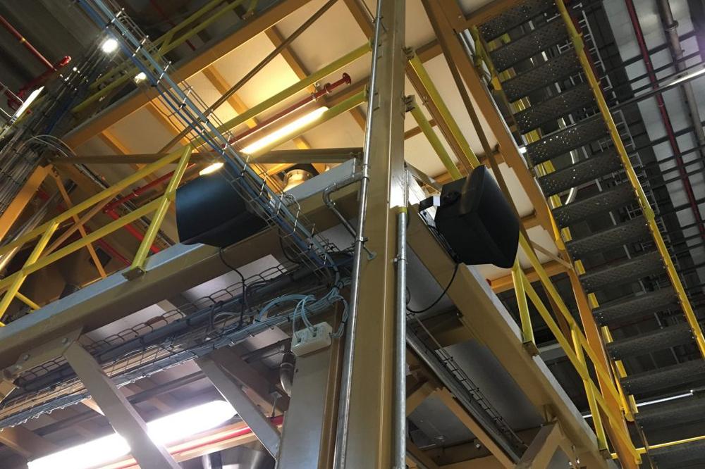Audac installatie in fabriek Starbucks Manufacturing EMEA B.V.