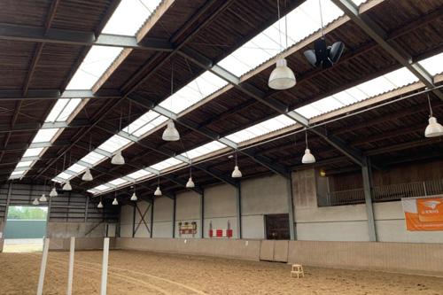Geluidsinstallatie Manege Legend Manor International in Purmerend