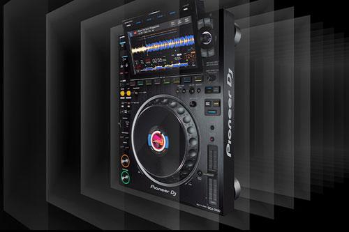 Pioneer introduceert de CDJ-3000 DJ Multiplayer